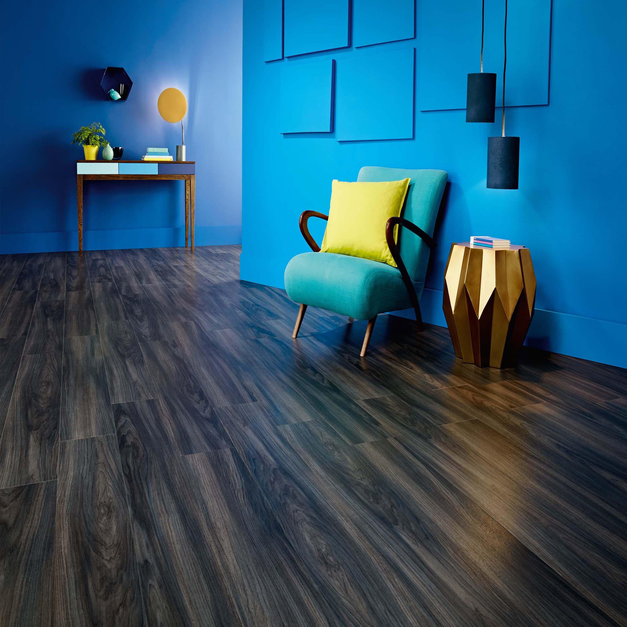 AR0W8230-Ink-Wash-Wood-Stripwood-Hallway-Sept-15-CMYK